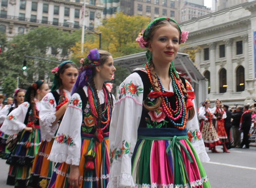 Polish People Proudly Preserve Gen. Pulaski's Legacy in Parade  (6/6)