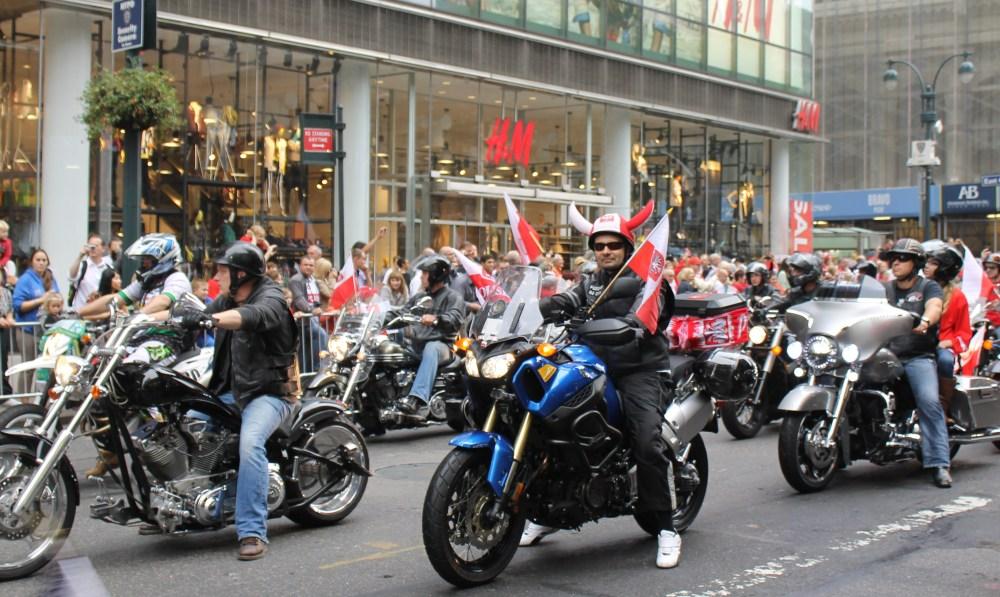 Polish People Proudly Preserve Gen. Pulaski's Legacy in Parade  (4/6)