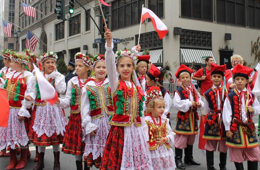 Polish People Proudly Preserve Gen. Pulaski's Legacy in Parade  (1/6)